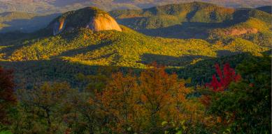 A picture from Looking Glass Rock, North Carolina by Reed Gustavsen