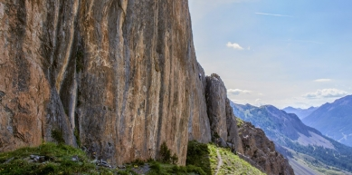 A picture from Chemin du Roy, Hot Spot, 8a. by Vera Cominelli