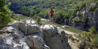 A picture from Casteljau, Ardeche by berg. steirer
