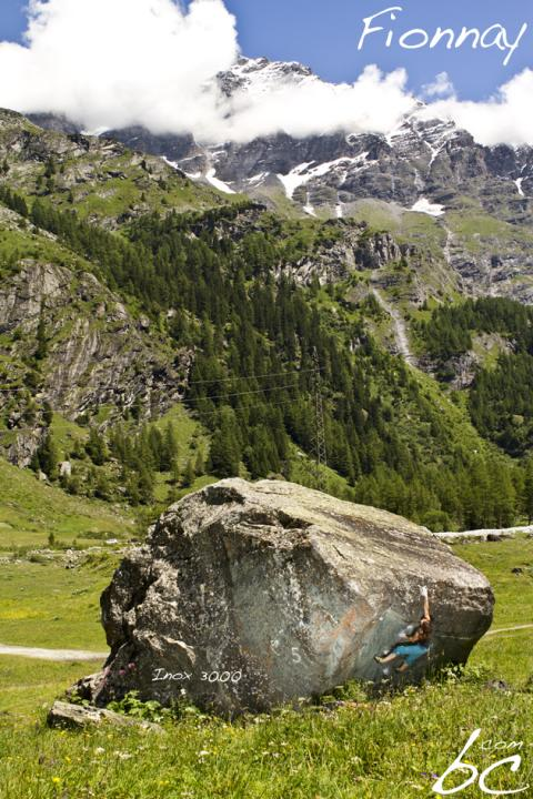 A picture from Fionnay by boulderclassics com