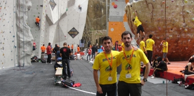 A picture from Edinburgh Indoor Climbing Arena (EICA), Ratho by Anderson Gouveia
