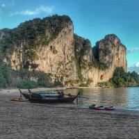 Tonsai beach (Thailand) by Shane Cardinal