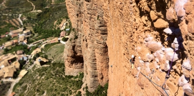 A picture from Mallos de Riglos by Leslie Debbaut