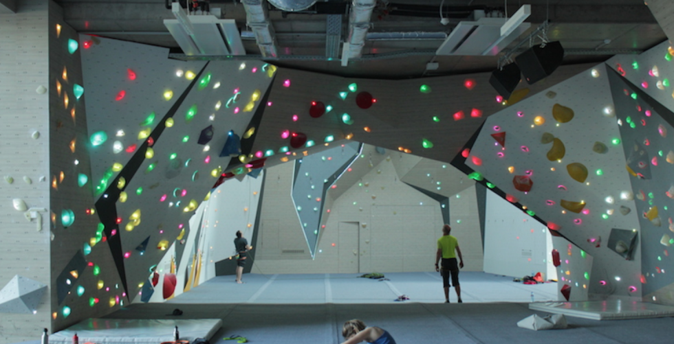 """SHAPING THE FUTURE OF INDOOR CLIMBING"" WITH WALLTOPIA in Iloveclimbing office"