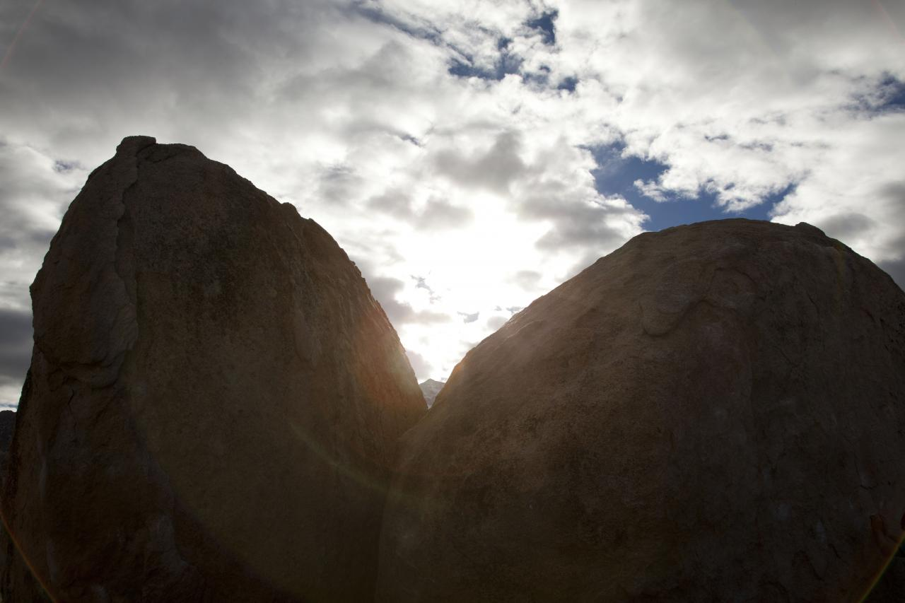 A picture from The Buttermilks by island climbing