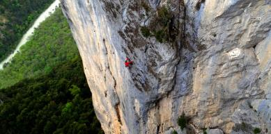 A picture from Gorges du Verdon by Nils Favre
