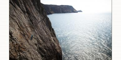 A picture from Gogarth by Ian Burton